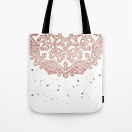 Peaceful showers Tote Bag