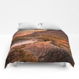 Tryfan Mountain Sunrise Comforters