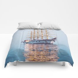 Ghost Ship. Comforters