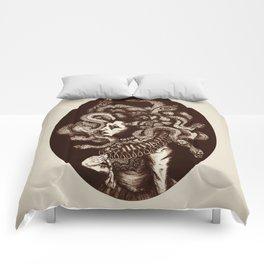 Estero Gorgon Comforters