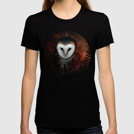 Barn owl at night T-shirt
