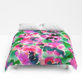 Abstract Flora Green Comforters