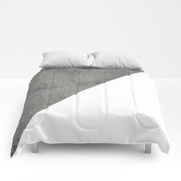 Concrete Vs White Comforters