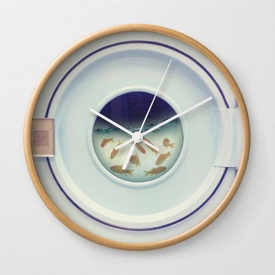 Tumbling goldfish Wall Clock