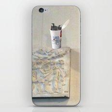 btfhb4 iPhone & iPod Skin