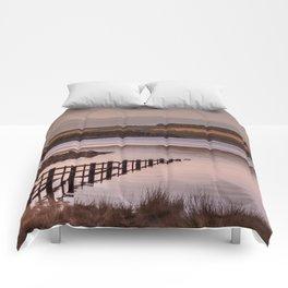 Sunset evening birds flocking over the Reservoir Comforters