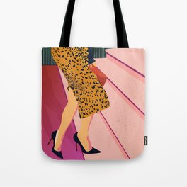 Just steppin' in, and you`re gonna hear me Roar - Fashion illustration Tote Bag