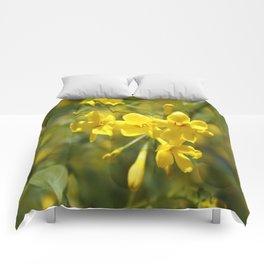Fragrant Yellow Flowers Of Carolina Jasmine Comforters