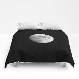 Waxing Gibbous Comforters