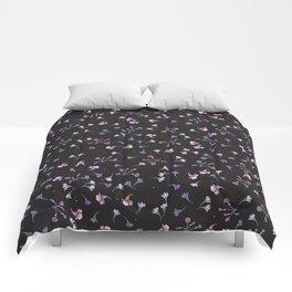 Tiny flowers Comforters