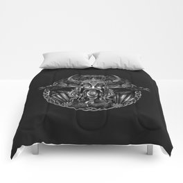 Odin and his ravens Huginn and Muninn Comforters
