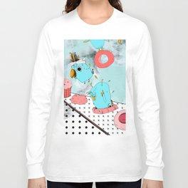 Cockatoo Making Muffins  Long Sleeve T-shirt