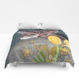 Watchful Kitten Comforters