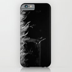 reaching out Slim Case iPhone 6s