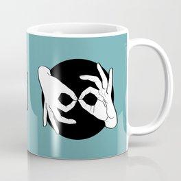 Sign Language (ASL) Interpreter – White on Black 12 Kaffeebecher