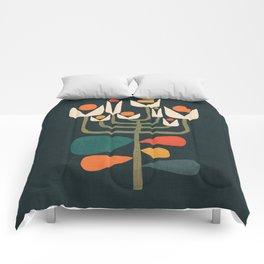 Retro botany Comforters