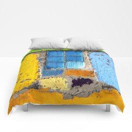 Mi Casa, Su Casa Comforters