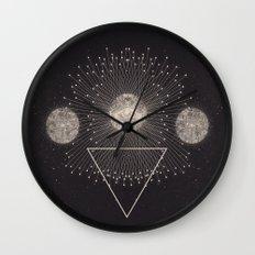 LEUKSNO - Plástica x Nikola Nupra Wall Clock