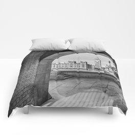 Big ben and bridge Comforters