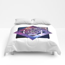 Twisted Universe Comforters