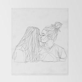 Girls kiss too Throw Blanket