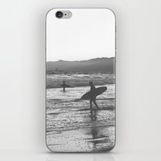 Surfers iPhone & iPod Skin
