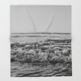 Black and White Pacific Ocean Waves Throw Blanket