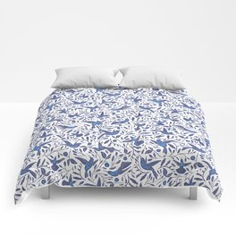 Delft Blue Humming Birds & Leaves Pattern Comforters
