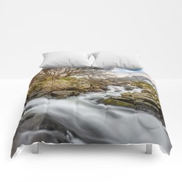 Trfan Mountain Rapids Comforters