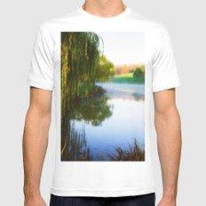 Morning mist on Schnormeier pond MEDIUM Mens Fitted Tee White
