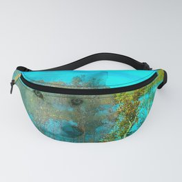 THE DAY OF THE WHITE WOLF Fanny Pack
