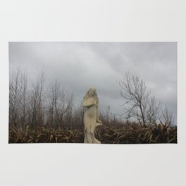 Stormy Statue Rug