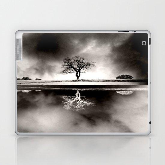 SOLITARY REFLECTION Laptop & iPad Skin