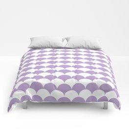 Lavender Fan Shell Pattern Comforters