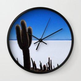 Salar de Uyuni 2 Wall Clock