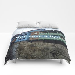 Once upon a time // #TravelSeries Comforters