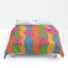 Retro: Flower Power Comforters
