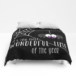 Halloween - it's the most wonderful time of the year Comforters