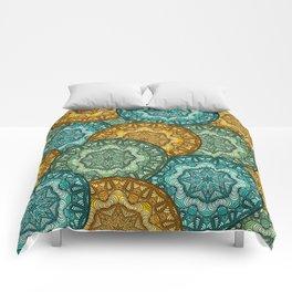 Royal disc pattern Comforters