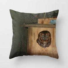 Hibou means owl Throw Pillow