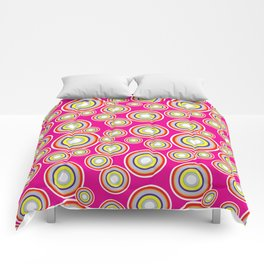 Circles on pink background Comforters