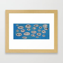 Sea of bubbles with fish / Mar de bombolles amb peixos Framed Art Print