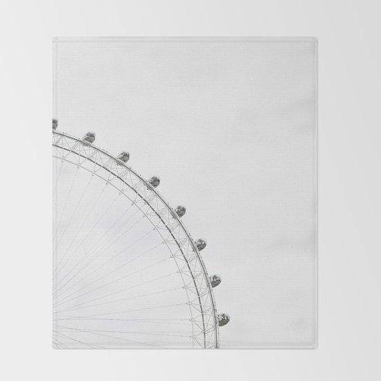 London Eye Monochrome by judithhoy