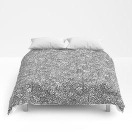 Ten Thousand Daisies Comforters