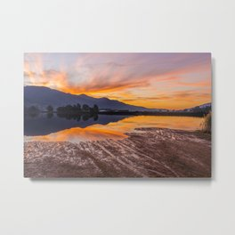 Mount Beauty Sunset Metal Print