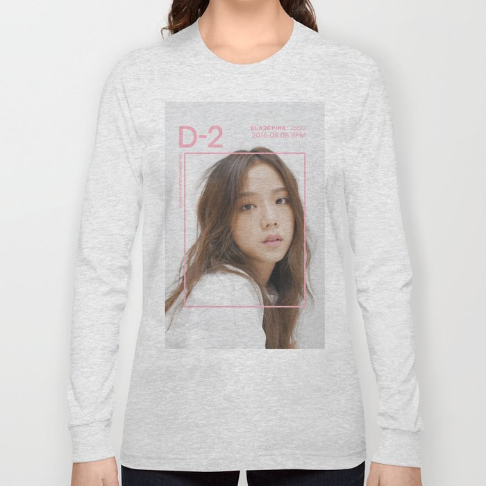 325ed7af jisoo blackpink Long Sleeve T-shirt by creepybutcute | Society6