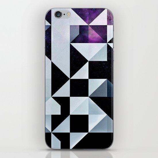 Qyxt iPhone & iPod Skin