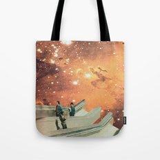 El retorno (trip to the eagle nebula) Tote Bag