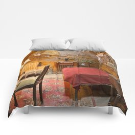 Al Capone's Luxurious Prison Cell Comforters