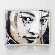 Histoires de pouvoir 1 Laptop & iPad Skin
